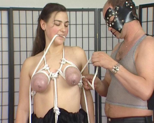 DOWNLOAD from FILESMONSTER:  BDSM Extreme Torture  [Julia Reaves] Bdsm # 4 Scene #2