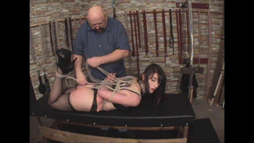 bdsm A Day In The Dungeon HD