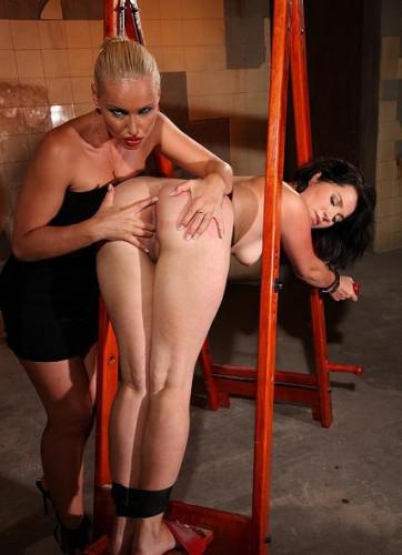 bdsm Breaking in-Slave Adelaida