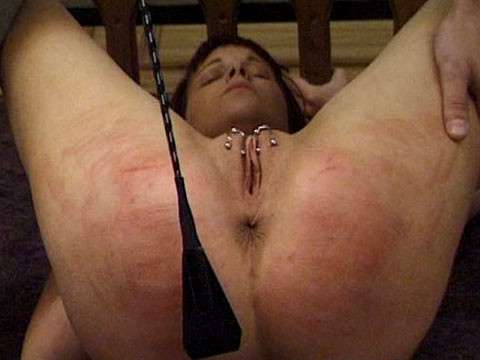 BrutalPunishment 006 - Eve's Pussy Is Put Through Its Paces BDSM