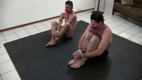 Gay BDSM Strip Get Loose Finn vs. Paul, Round 2