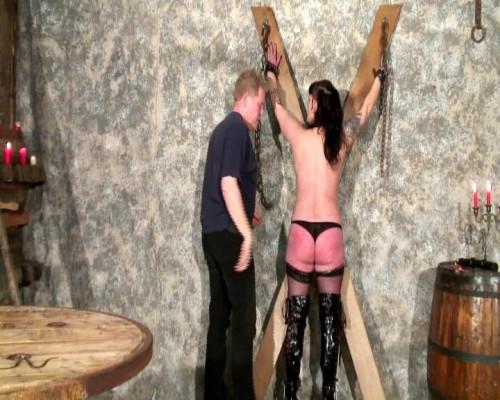 [Telsev] Soumise a l extreme Scene #1 BDSM