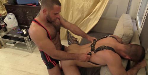Gay BDSM Edu Is Turning Tables