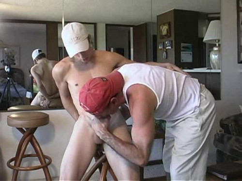 Howie Wowie Gay Porn Clips