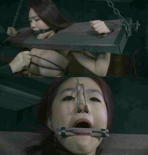 bdsm Make Her Scream-Lea Hart