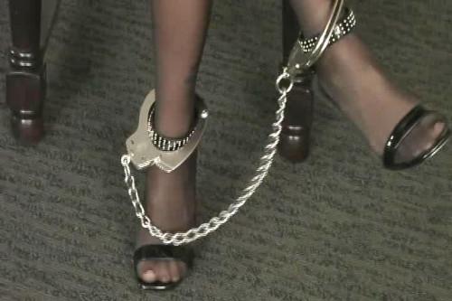 Lola Lynn: Hogcuffed part #1 BDSM