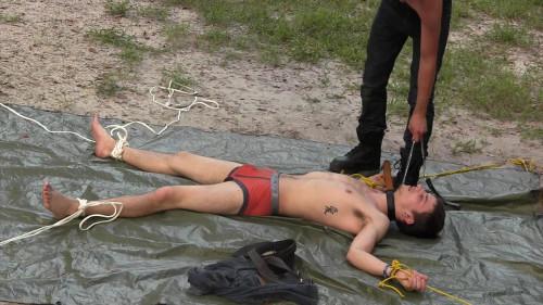 Gay BDSM Hung Slave