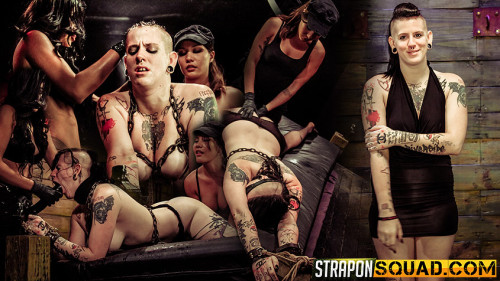 Femdom and Strapon Jynx Hollywood Chained to the Sybian by Mena Li and Lexy Villa
