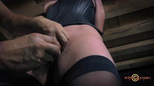 Ingenue. Sister Dee BDSM