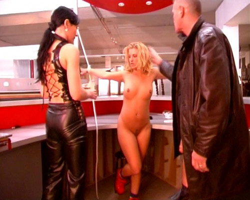 DOWNLOAD from FILESMONSTER:  BDSM Extreme Torture  [Small Talk] Tortur bizarr Scene #1