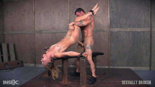 bdsm Dominatrix gets bound and brutally fucked.