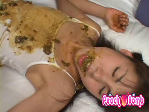 Miki Karasawa shows different scat with him (Uncensored)