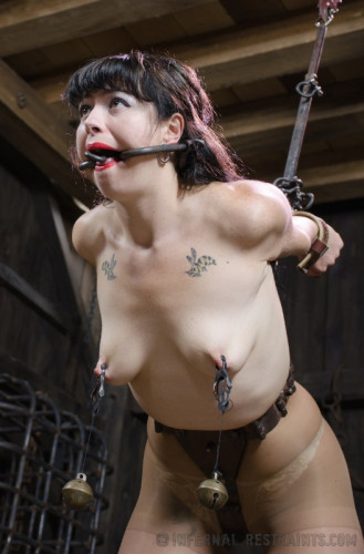 bdsm IR - Siouxsie Q - Smut Writer Part One - July 04, 2014
