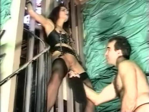 Extrem Schwanger BDSM