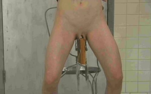 bdsm Pussy Torment 1 - Vicci