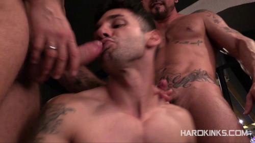Gay BDSM Sleazy Pleasures (Antonio Miracle, Fabio Testino, Mario Domenech)