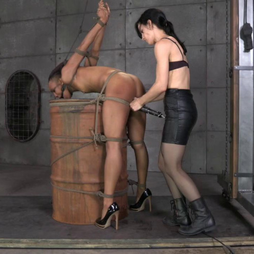 bdsm HT - Nikki Darling, Elise Graves - My Time In The Barrel - May 14, 2014