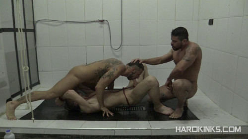 Gay BDSM Dominated In The Shower 2 (Antonio Miracle, Jace Tyler, Mario Domenech)