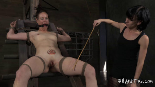 bdsm Poppy James and Elise Graves - Slut Next Door