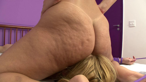 Femdom and Strapon Most cellulite ass on my face