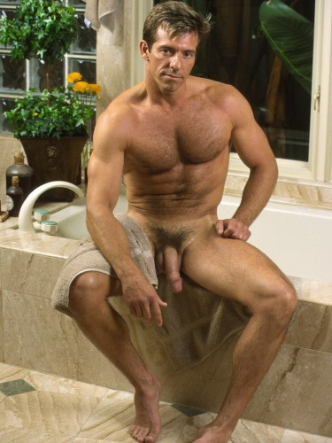 A selection of photos MEN A-Z Gay Pics