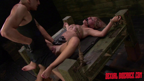 bdsm StrapOnSquad Marsha May and Kylie Rogue Strapon, Dildo, Sybian