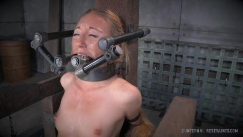 bdsm CruelBondage - Emma Haize