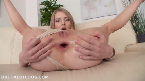 Fisting and Dildo Big dildo in ass cutie