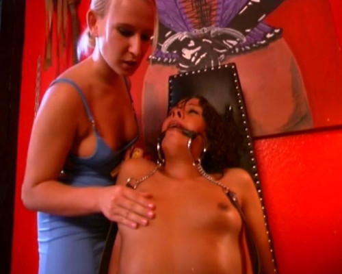 DOWNLOAD from FILESMONSTER:  BDSM Extreme Torture  [Small Talk] Herzschlag Scene #3