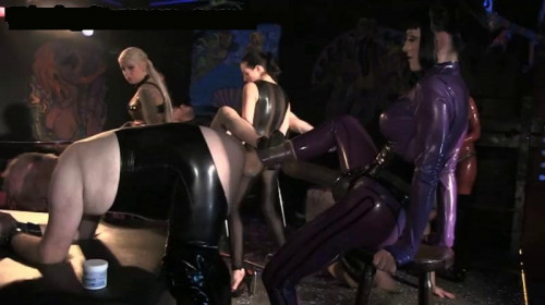 DOWNLOAD from FILESMONSTER: femdom and strapon Wild Time at the KitKatClub (2013)