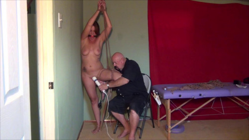 bdsm Alisha Pumped Up Pussy
