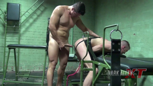 Gay BDSM DarkRoom Ass Hungry Anakonda