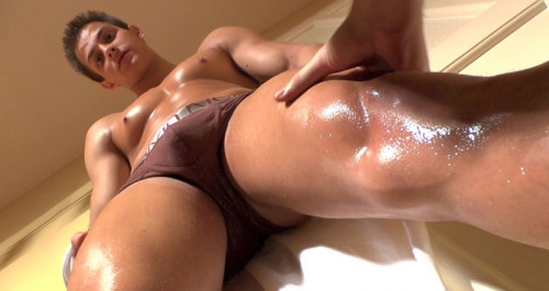 Pierre Muscle Worship #1 Gay Clips