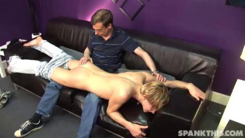 Gay BDSM Jeff spanks Coby