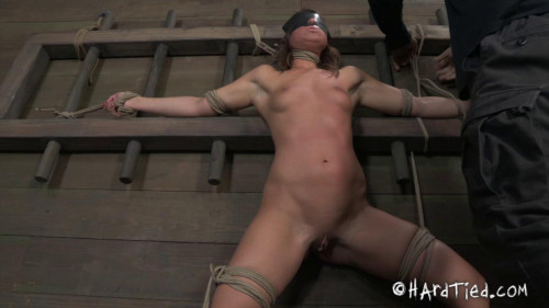 bdsm Pure Gold - Mia Gold
