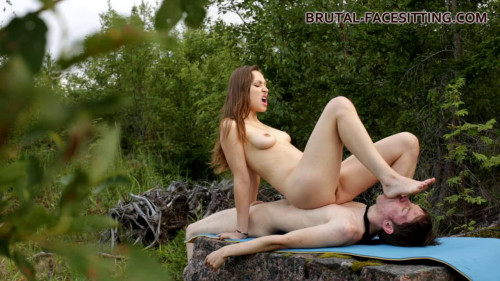 Femdom and Strapon Mistress Margaret Facesitting In The Natural (2016)