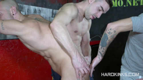 Gay BDSM Hardkinks - Scally Alphas Attack - Dominique Kenique, Izan Loren and Josh Milk
