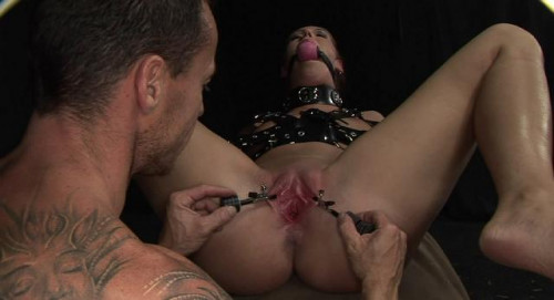 DOWNLOAD from FILESMONSTER:  DominatedGirls BDSM BDSM Extreme Torture  Lick my clit, master