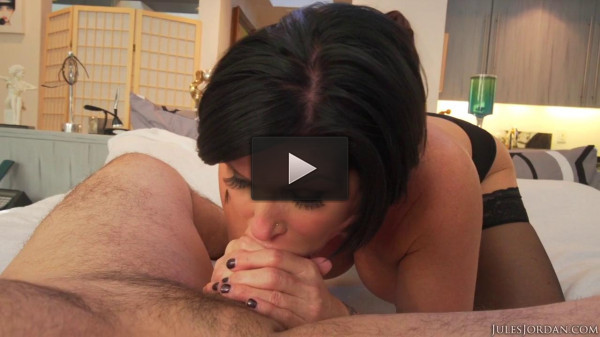 Mommy Gets Facialized After Hardcore Sex (720)