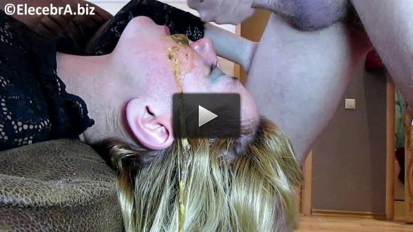 Elecebra Shitty Face Blowjob