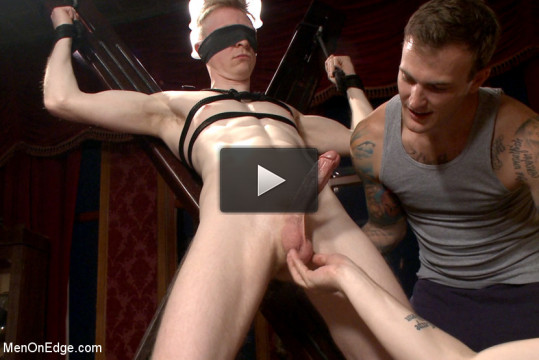 Lean hunk Rob Yaeger relentlessly edged & tormented ice — Live Show