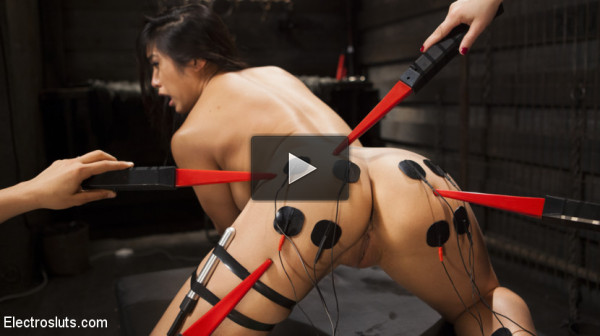 Twisted Science Experiment:Live Show starring Mia Li and Aiden Starr!