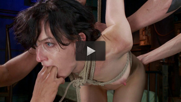 FB — 01-03-2014 - Masochistic Slut Gets Double Penetrated with Huge Cocks
