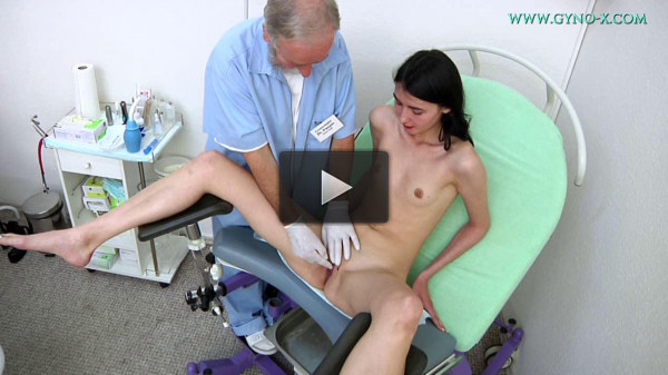 Anna Jolie (23 years girl gyno exam)