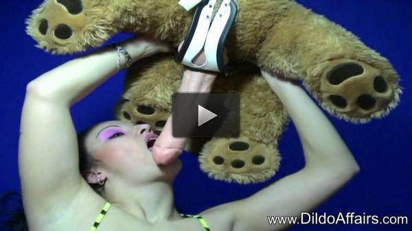 Lilo Dildo Teddy