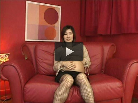 Japanese geisha in pregnant