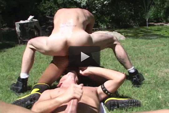Hungry bottoms in btutal gangbang