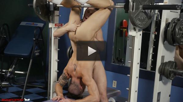 Asher Devin fucks Casey Everett in the Gym (1080p)