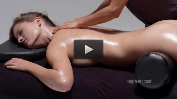 Gaby — Multiple Electric Orgasm Massage — 1800p