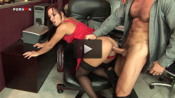 Alysa Gap The Secretary That Loves Anal Fisting And Sex
